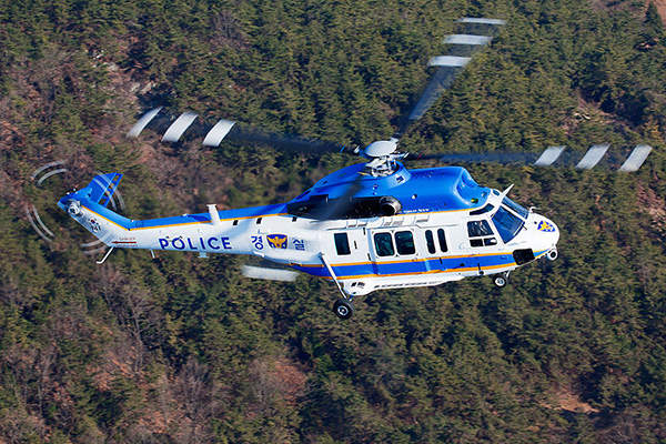 The Surion police helicopter can be deployed in airborne law enforcement operations. Photo by Jang Su Lee (2013).