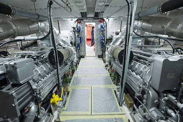 Internal view of a POB-24 fast patrol vessel from Montmontaza-Greben. Image: courtesy of A / OS - EL.AKT / DIPLEP.
