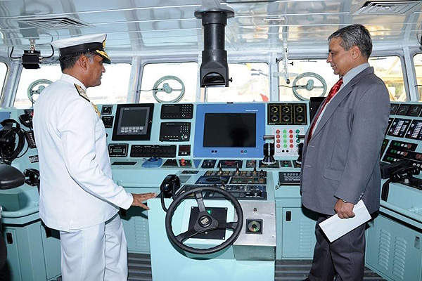 A view of the bridge room of ICGS Rani Avantibai. Image courtesy of Hindustan Shipyard Limited.