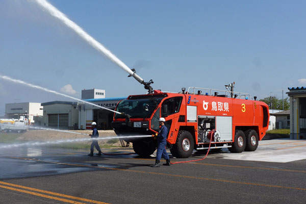 The Striker ARFF vehicles are in service at airports across Japan. Image: courtesy of Oshkosh Corporation.